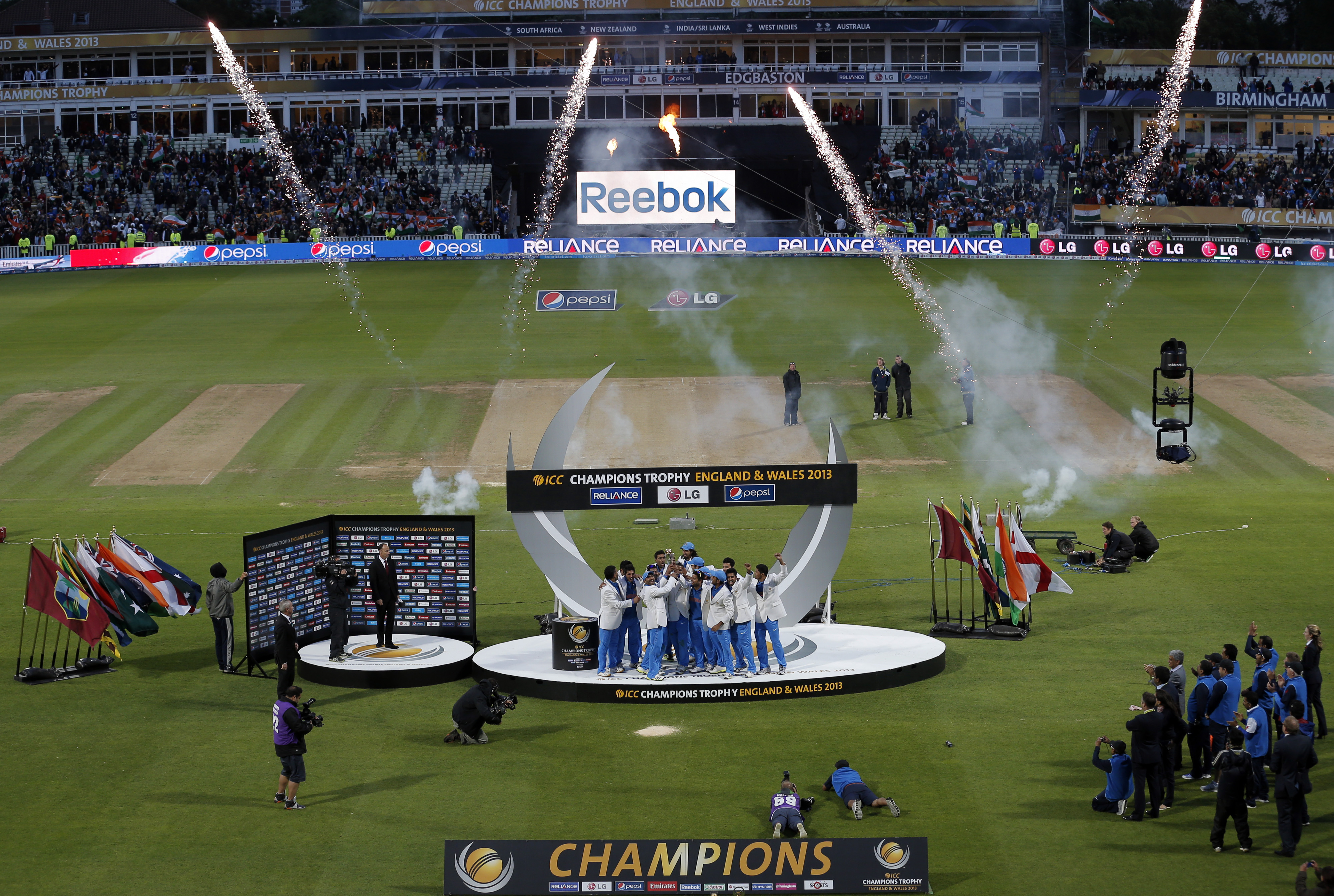 edgbaston secures temporary stand to bolster capacity for